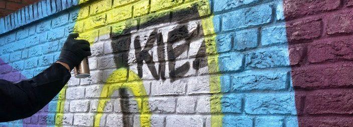 Neonazi-Graffiti in Dorstfeld entfernt